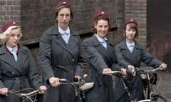 expert previews miranda hart, vanessa redgrave in call the midwife